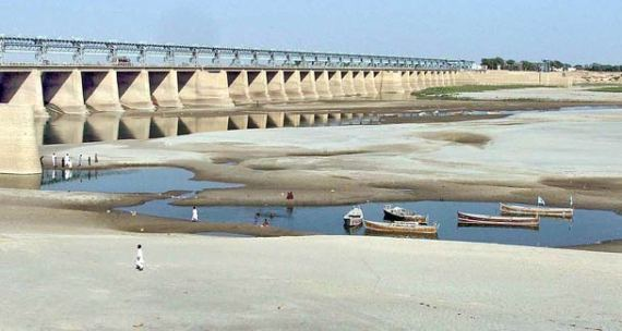 The current pattern of river flows resemble that of severe drought years of the 70s and 80s and the water shortage, which is currently around 35 percent, can go exceptionally high, says an Irsa official. - APP/File Photo